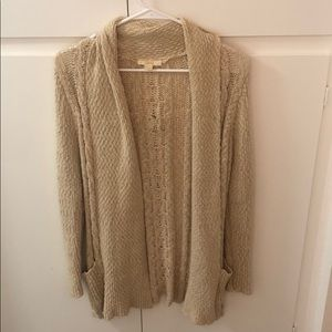 Brown knit cardigan with pockets